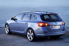 2015 Opel Astra J Sports Tourer Pictures Information