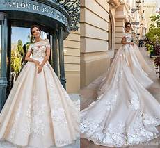 2018 gorgeous designer wedding dresses 3d floral applique cathedral train lace up back luxury