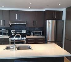 Kitchen Decorating Ideas For Flats by Large Hardware On Flat Front Cabinets Decoration