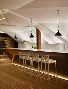 nosotros bar avec meuble bar design et mur facett 233 lumineux