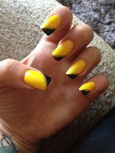 black and yellow nails nail art