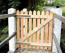 zauntor selber bauen pallet wood fence gate for my bridge