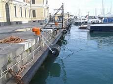 capitaneria di porto catania opera marittima lavori di collocazione parabordi bitte