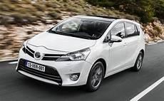 voiture 7 places 2016 toyota verso la voiture familiale 7 places hybride le comparatif des mod 232 les de voiture 7