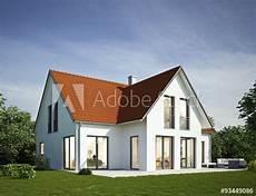 Quot Haus Weiss Rotes Dach Quot Photo Libre De Droits Sur La