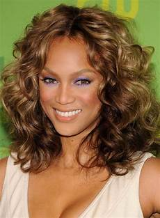 Tight Curls Hairstyles