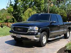 how to work on cars 2001 gmc sierra 1500 interior lighting blak on blak 2001 gmc sierra 1500 regular cab specs photos modification info at cardomain