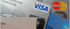 bien choisir sa carte bancaire pour voyager le du