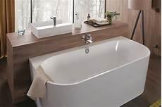 freistehende badewanne an die wand stellen das macht eine gute badewanne aus die badgestalter