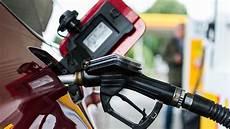 Benzin Statt Diesel Diesel Statt Benzin Getankt Diese