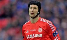 petr cech completes 163 11m transfer from chelsea to arsenal football sport express co uk