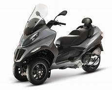 2013 piaggio mp3 touring 500 i e sport review and prices