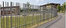 Clotures Barreaudees Design Pose De Cl 244 Tures Portails