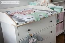 Ikea Hemnes Wickeltisch - ein skandinavisches kinderzimmer und ein wickelaufsatz f 252 r
