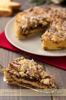 dolci con crema pasticcera e nutella sbriciolata di pandoro crema e nutella ho voglia di dolce