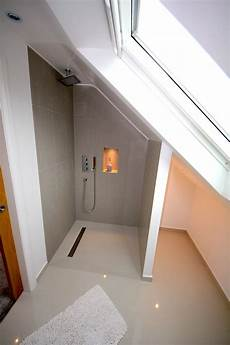 Attic Ensuite Bathroom Ideas by Best 25 Attic Shower Ideas On Attic Bathroom