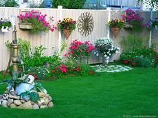 56 Beautiful Flower Garden Decor Ideas Everybody Will
