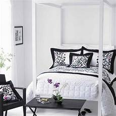Bedroom Ideas Grey And White by 30 Groovy Black And White Bedroom Ideas Slodive