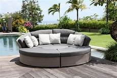 outdoor household furniture for calming rattan lounge