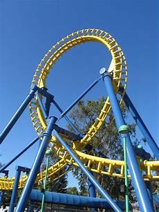 Loop Roller Coaster Curve Yellow Loop
