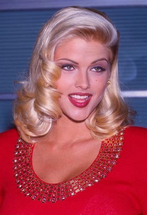 Anna Nicole Smith Hairstyles