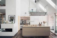 stunning modern kitchen designs that will make your day