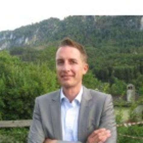 Dr Mark Toland