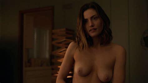 Phoebe Tonkin Tits