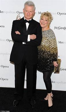 bette midler says she stayed with husband martin