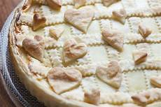crostata crema pasticcera e grano di pasqua fatto in casa da benedetta rossi ricetta nel crostata di pasta sfoglia con nutella e crema pasticcera fidelity cucina