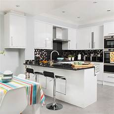 Kitchen Layout Designs kitchen layouts everything you need to ideal home