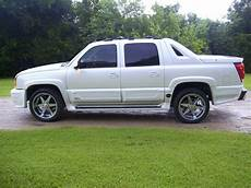 how to learn about cars 2005 chevrolet avalanche 1500 parental controls 1999pgrandam 2005 chevrolet avalanche specs photos modification info at cardomain