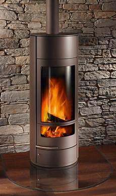 wandgestaltung hinter ofen kaminofen einbau haus wood burner stove corner stove und outside wood stove