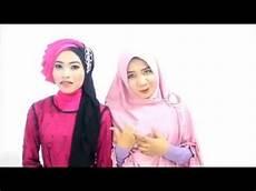 Tutorial Wisuda Jilbab Segi Empat