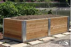 hochbeete aus holz selber bauen hochbeet anlegen bef 252 llen und bepflanzen pohl