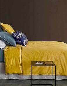 quelles couleurs associer au jaune moutarde