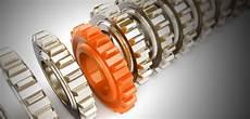 plastic gears vs metal gears