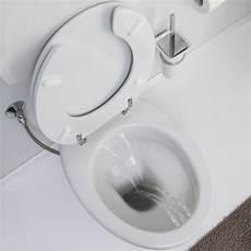 bagno bidet incorporato water bidet con erogatore tre fori anteriori e due posteriori