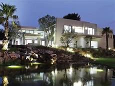 a modern architectural masterpiece in architectural masterpiece homedsgn