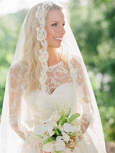 20 wedding hairstyles for hair with veils
