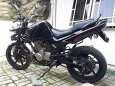 Honda Tiger 2000 Modif Simple by Modif Honda Tiger Tahun 2005 Dengan Monoshock Modifikasi