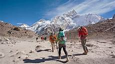 everest base c trek hike everest adventures