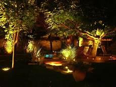eclairer jardin gr 226 ce 224 une solution solaire sources
