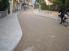 pavimenti stati in cemento prezzi produzione asfalto colorato prezzi cemento armato