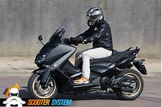 Essai Yamaha T Max 530 Black Max