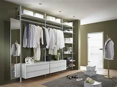 Eins F 252 R Alles Begehbarer Kleiderschrank Garderobe