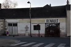 garage renault vierzon les murs peints s affichent murs loir et ch 233 riens opus 1