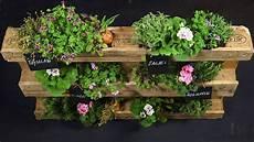 blumenkübel selber dekorieren blume 2000 einfach machen gardening mit