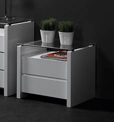 chevet design blanc mobilier table table de chevet design blanc