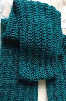 Strickmuster Schal Lochmuster - knitting pattern one row repeat lace scarf